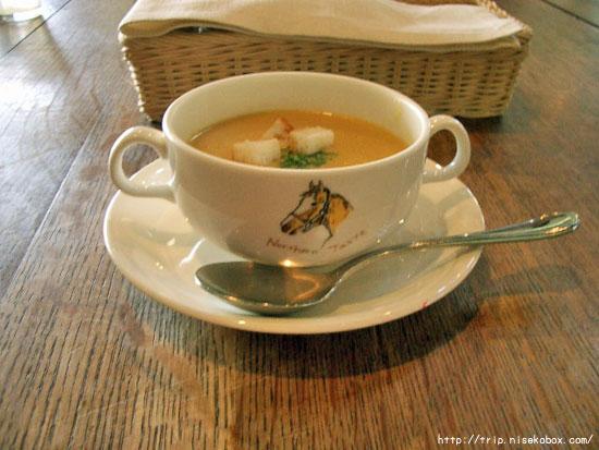 富良野産とうもろこしのスープ