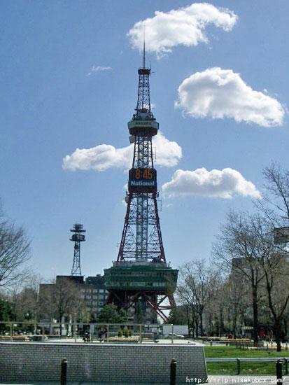 朝のテレビ塔